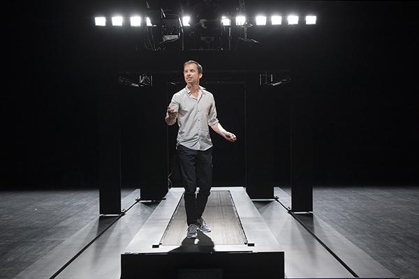 """2015 juin Theatre de Sartrouville """"Réparer les Vivants""""  d'après le roman de MAYLIS DE KERANGALversion scénique et mise en scène SYLVAIN MAURICE"""